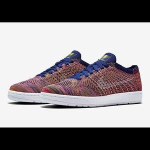 Nike Tennis Classic Ultra Flyknit Shoes
